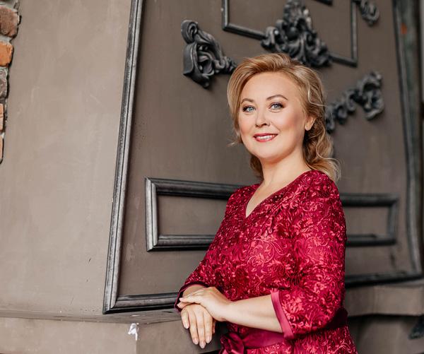Ведущая на свадьбу МИнск Елена Алинская 2019
